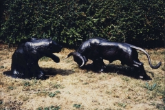 Michael_Cooper_Sculptor_Bull_and_Bear_l